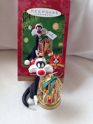 Hallmark Ornament 2000 Sylvester's Bang-Up Gift Looney Tunes MIB