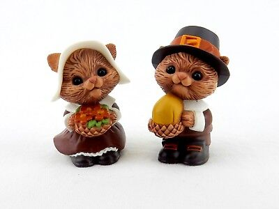 Chipmunks,  Salt and Pepper Shakers, Cute Chipmunks made by Hallmark Cards