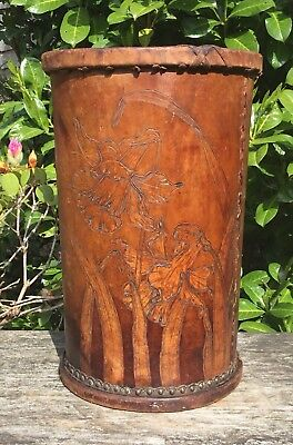Old Vintage Early 20th Century Finnigans Leather Umbrella Stick Stand Daffodils