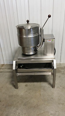 Groen TDB/7 -20 Steam Jacketed Manual Tilt Kettle w/ SS Stand w/ Drawer Electric