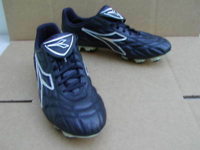 Women/'s 6.5 and 7 Diadora Italica RTX 12 Soccer Pink Firm Gr Brand New