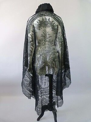 Large antique Victorian Chantilly lace shawl / cape with chiffon collar