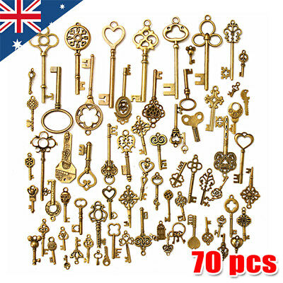 70x Antique Old Vintage Look Skeleton Keys Lot Bronze Tone Pendants Mix Jewelry