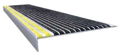 WOOSTER PRODUCTS 511BY5 Stair Tread, Blk w/ Safety Ylw Front, Alum