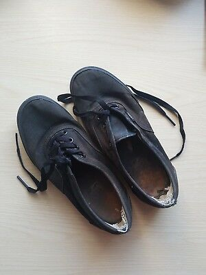 fd2a81496e WELL WORN USED Womens Vans Shoes Pumps Trainers Size 4 Black Beaters ...