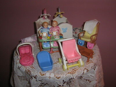 pre-owned grouping FISHER-PRICE 1998-TWIN BABIES (boy-girl) + FURNITURE