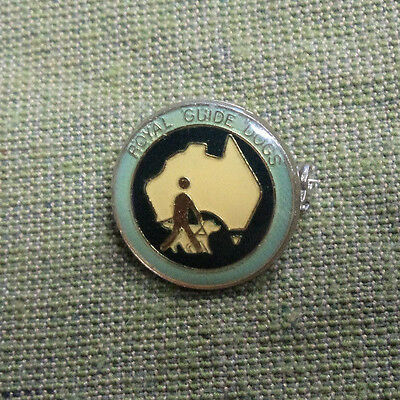 #d279.  Royal  Guide  Dogs   Lapel Badge