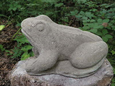 "Lg Vintage 10"" Cement Frog Weathered Garden Art Concrete Statue"
