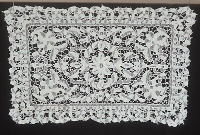 Needlelace  - Very Fine White Vintage  Set Of 10 Placemats & A Runner Tt721