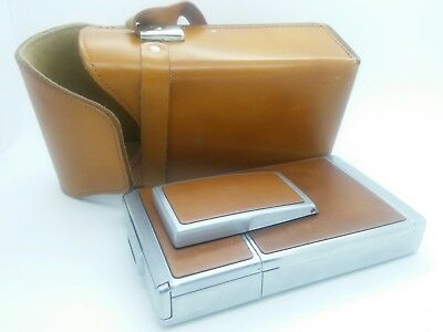 Vintage Polaroid SX-70 Camera in good working order w/leather case