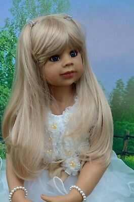 Masterpiece Dolls Cutie Patootie Blonde Wig Fits Up To 19-inch Head, New