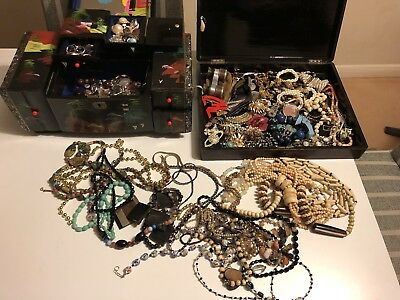 Large Antique & Vintage Costume Jewellery Job Lot Ring Brooches Necklace Watches
