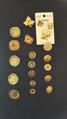 Mixed lot of gold colored buttons. Metal and plastic