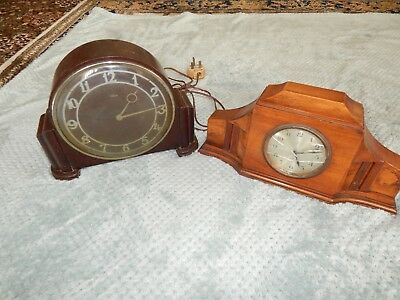 2 Vintage Art Deco Wooden Mantle Clocks