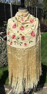 Vintage Chinese Cantonese Silk Tassel Circular Floral Embroidered Piano Shawl 8