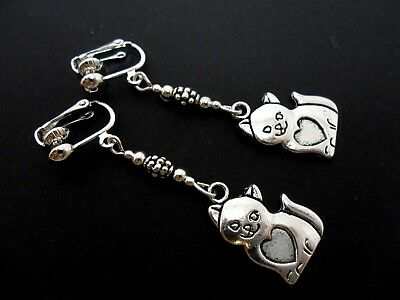 A Pair Of Cute Tibetan Silver Cat Clip On Earrings . New..
