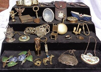 Interesting Collection Of Vintage Collectables Jewellery / Watch / Compact Etc.