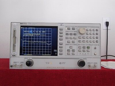 Agilent 8722D w/000/010/1D5/085 -CAL w/data 50MHz-40GHz Network Analyzer