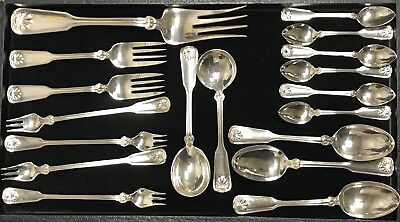 Tiffany & Co. Shell & Thread 1905 Sterling Silverware 18 pieces Spoons & Forks