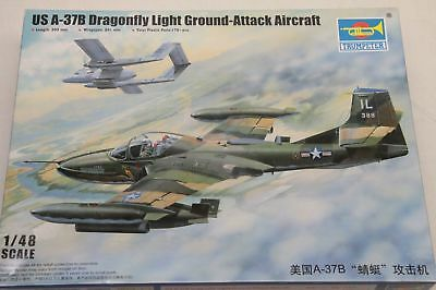 Trumpeter, US A-37B Dragonfly, Light Ground Attack Aircraft in 1/48