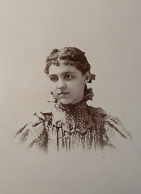 19thc Antique Pretty Young Teen Girl Cabinet Card PHOTO Photograph