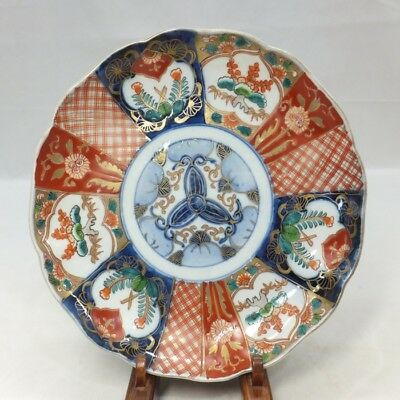 B047: Japanese OLD IMARI colored porcelain ware plate with beautiful painting