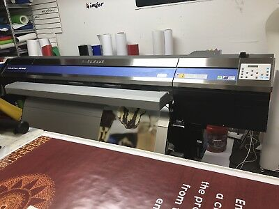 Roland XR-640 Pro 4 Printer/Cutter   Only 200 hours