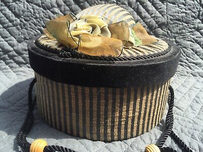 Antique Round Sewing Box w/Pin Cushion Lid