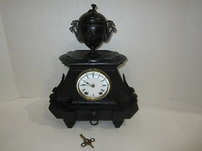 Antique Seth Thomas Sons & Co N.y. Mantel Clock Made In Usa, 8 Day, Time/strike