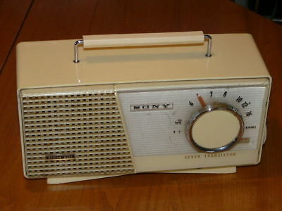 Vintage 1960's SONY SEVEN TRANSISTOR Radio - Battery Operated - Works !