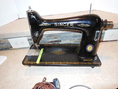 805 Vintage Singer sewing machine - As Is For Parts