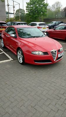 Alfa Romeo GT, Cloverleaf special addition , Alfa Red, 2 owners, FSH