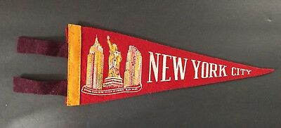 VINTAGE PENNANT NEW YORK CITY EMPIRE STATE BUILDING STATUE OF LIBERTY RCA Bldg
