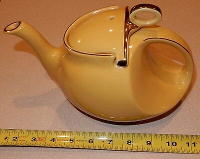 Hall Teapot Yellow ELHS East Liverpool High School OHIO Alumni 2002 1 of 24