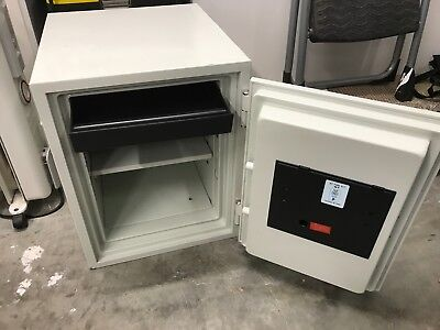 Lord combination and fireproof safe 530EN