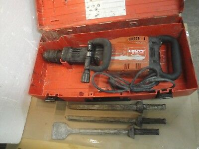 Hilti TE 905-AVR Heavy Duty Demolition Jack Hammer Breaker W/ 3 Bits And Case