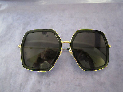 d110bc140dc Gucci Women s Gg0106S 001 Gold black Square Sunglaseses Retail 400  100%  Auth