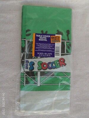Hallmark - Looney Tunes - Road Runner & Characters - Paper Table Cover