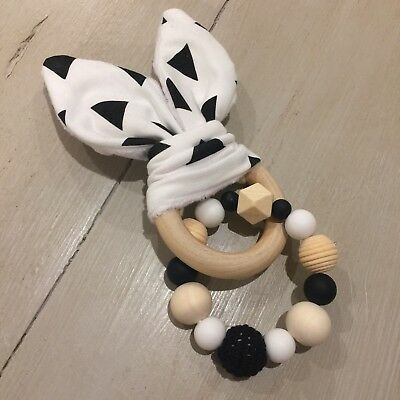 Wood & Silicone Beads,Crinkle Sound Bunny Ears Teething Ring, Black & White