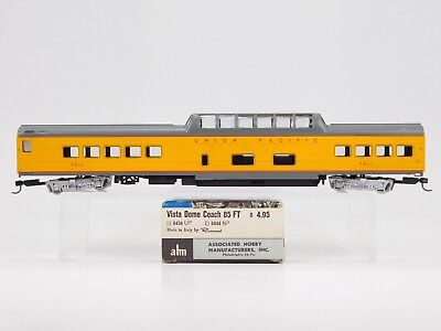 HO Scale ahm Rivarossi 6434 UP Union Pacific Vista Dome Coach Passenger #7011