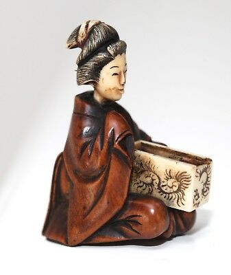 antique Japanese carved Boxwood Netsuke of a Geisha and Fan box, Meiji. 19thC.