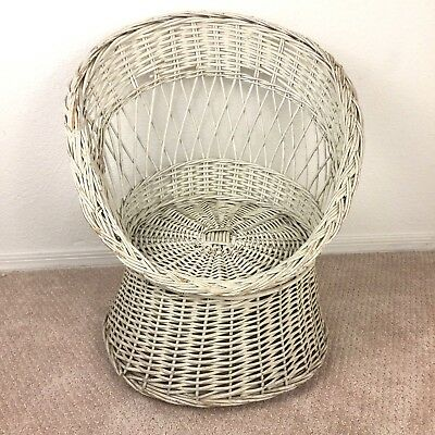 Child Size Wicker Scoop Pod Egg Chair Shabby White Vintage Boho Kids 1