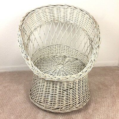 Child Size Wicker Scoop Pod Egg Chair Shabby White Vintage Boho Kids 2