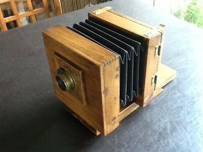 Wet plate camera