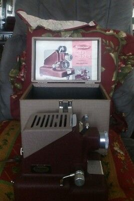 Projector W/Case