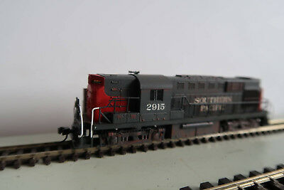 Atlas RS11 Southern Pacific #2915 with DCC