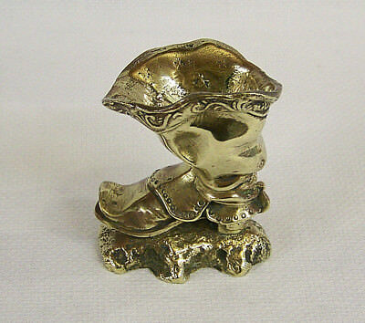 VINTAGE ANTIQUE HEAVY CAST BRASS BOOT SHAPED TOOTHPICK MATCH HOLDER ORNAMENT vgc