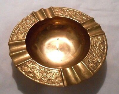 Vintage Solid Brass Decorative Ashtray Small Round, Made In India