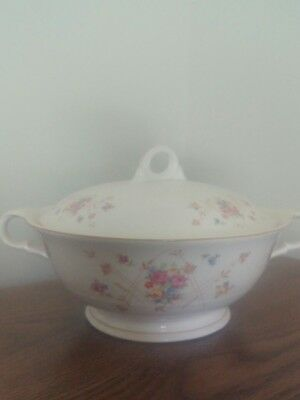 "Vintage American Limoges Candlelight ""New Princess"" Round Covered Casserole Dish"