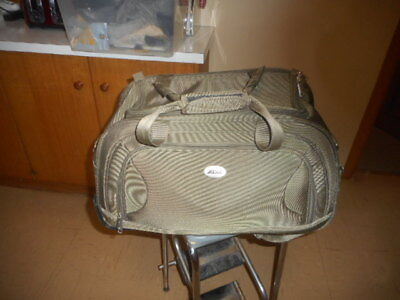 Heavy duty carry bag for motorcycle